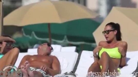 ნიკოლა მინეტი პლაჟზე