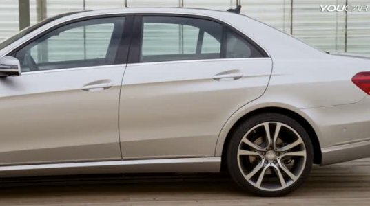 2013 წლის Mercedes E350 - 4Matic